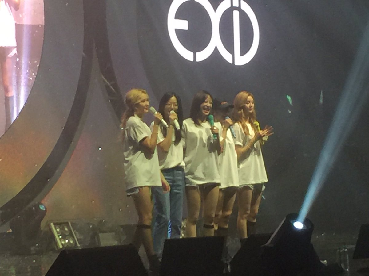EXID Forever  #EXID_ASIA_TOUR_IN_SEOUL #exid <br>http://pic.twitter.com/4QlhKQIxg4