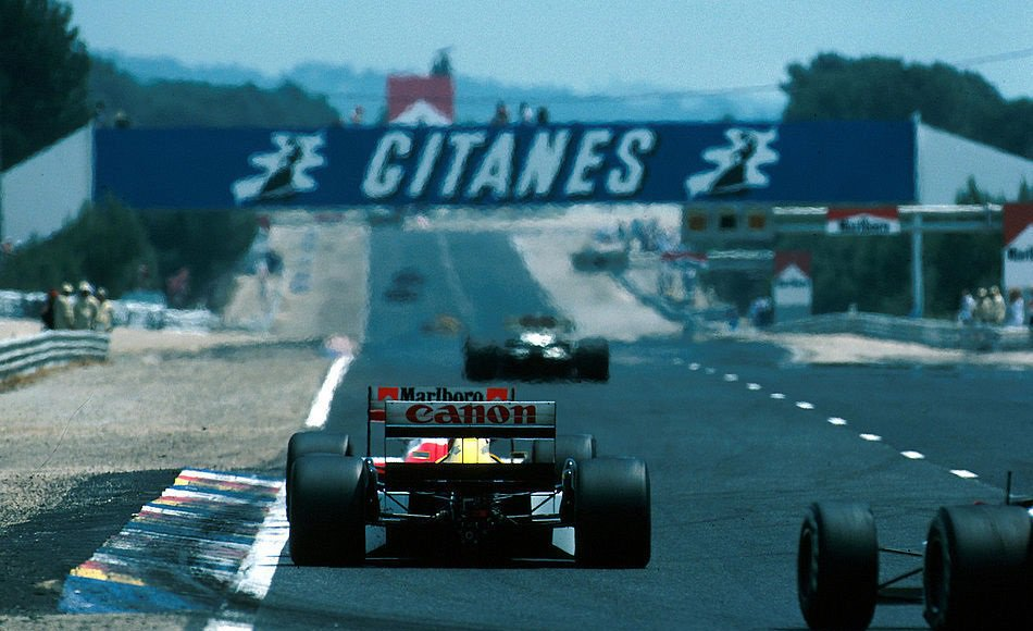 #picoftheday The Mistral Straight of Paul Ricard. Is a shame that it won&#39;t be used completely in 2018. @FormulaOneWorld @BWOAHRacing<br>http://pic.twitter.com/eteWiSvgD0