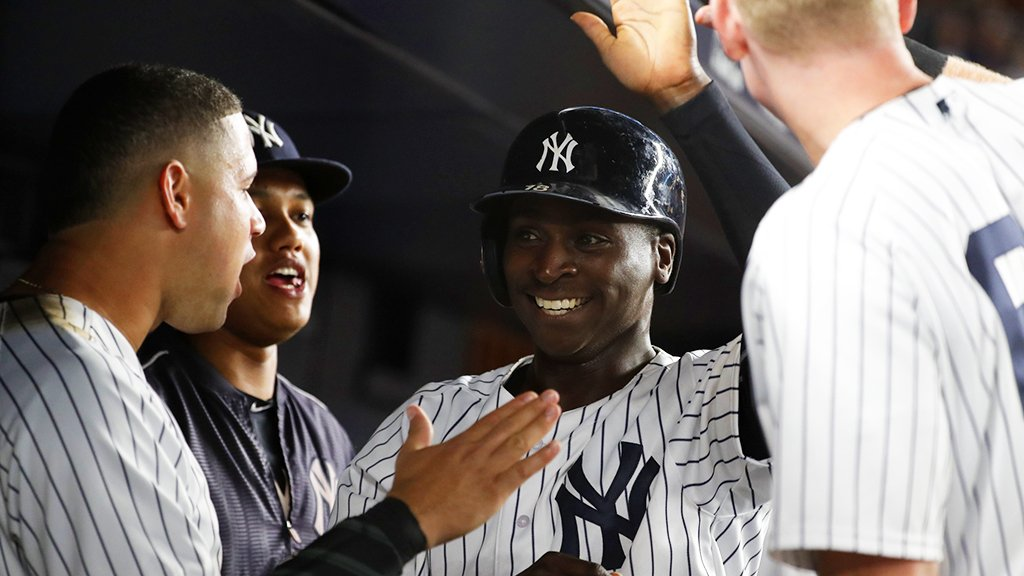 Sir Didi stats:  ⚔Batting .391 with 7 HR and 16 RBI over his last 22 games.  ⚔Ranks 6th in the AL in AVG (.310). https://t.co/Y6o7BgkYH0