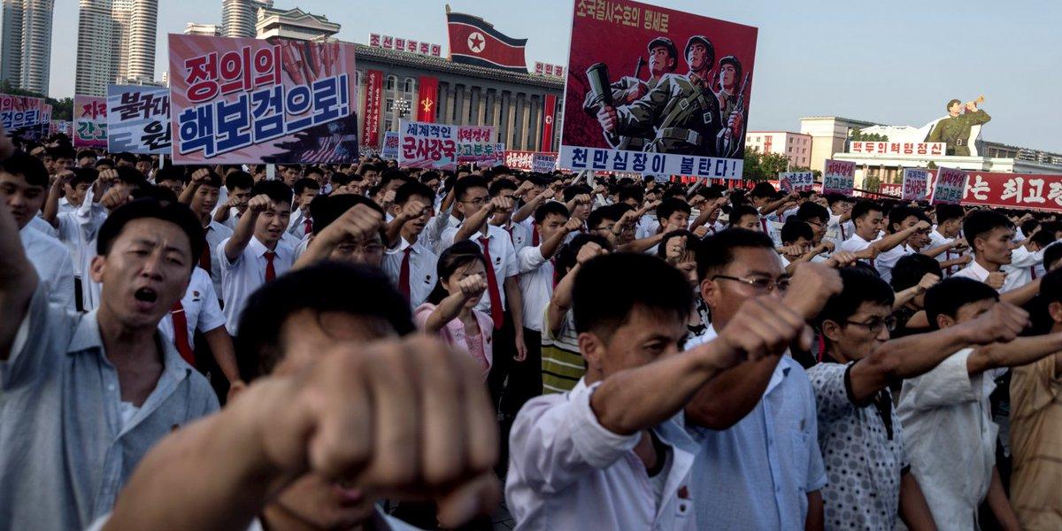 O louco com armas nucleares é @realDonaldTrump, não Kim Jong-un https://t.co/wmNJzCYJ9S