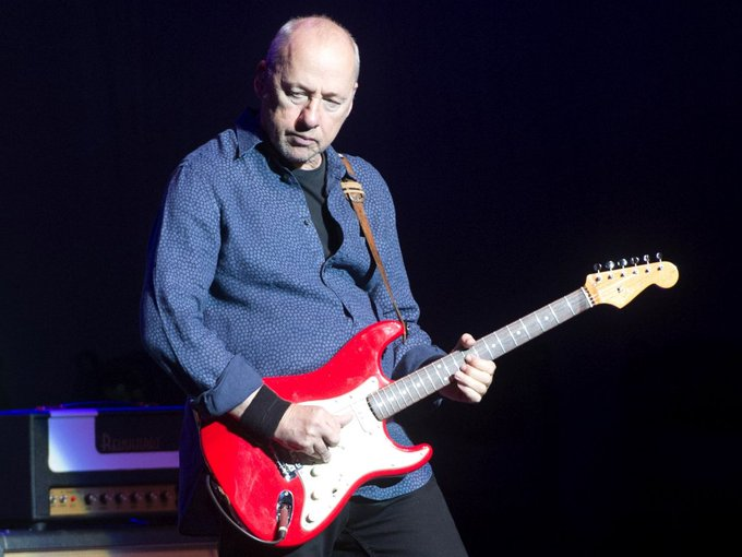 RT@ URMZINE Happy birthday to Mark Knopfler! (Dire Straits)