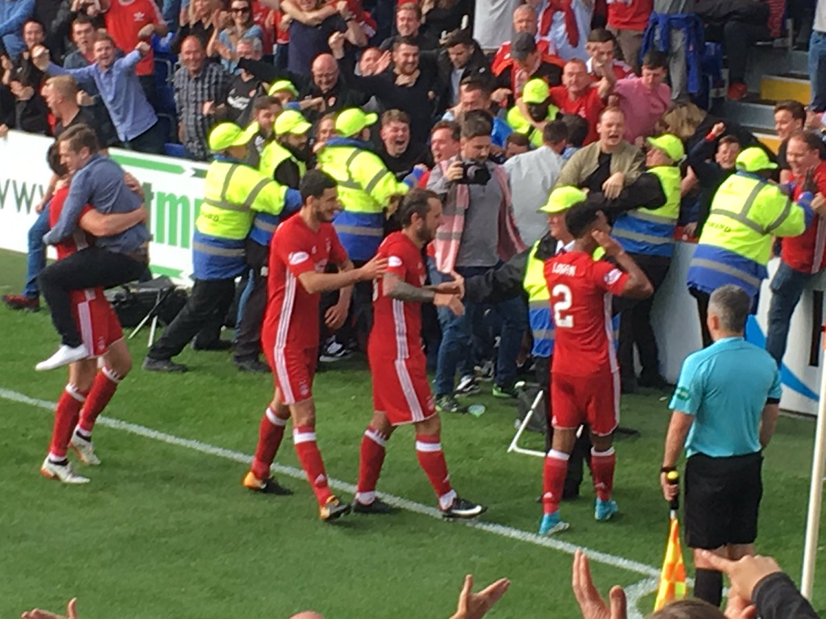 @Shay2920 celebrating with #aberdeen fans after heading them into a 2-1 lead. @TheFamousReds<br>http://pic.twitter.com/WpF470O6K5