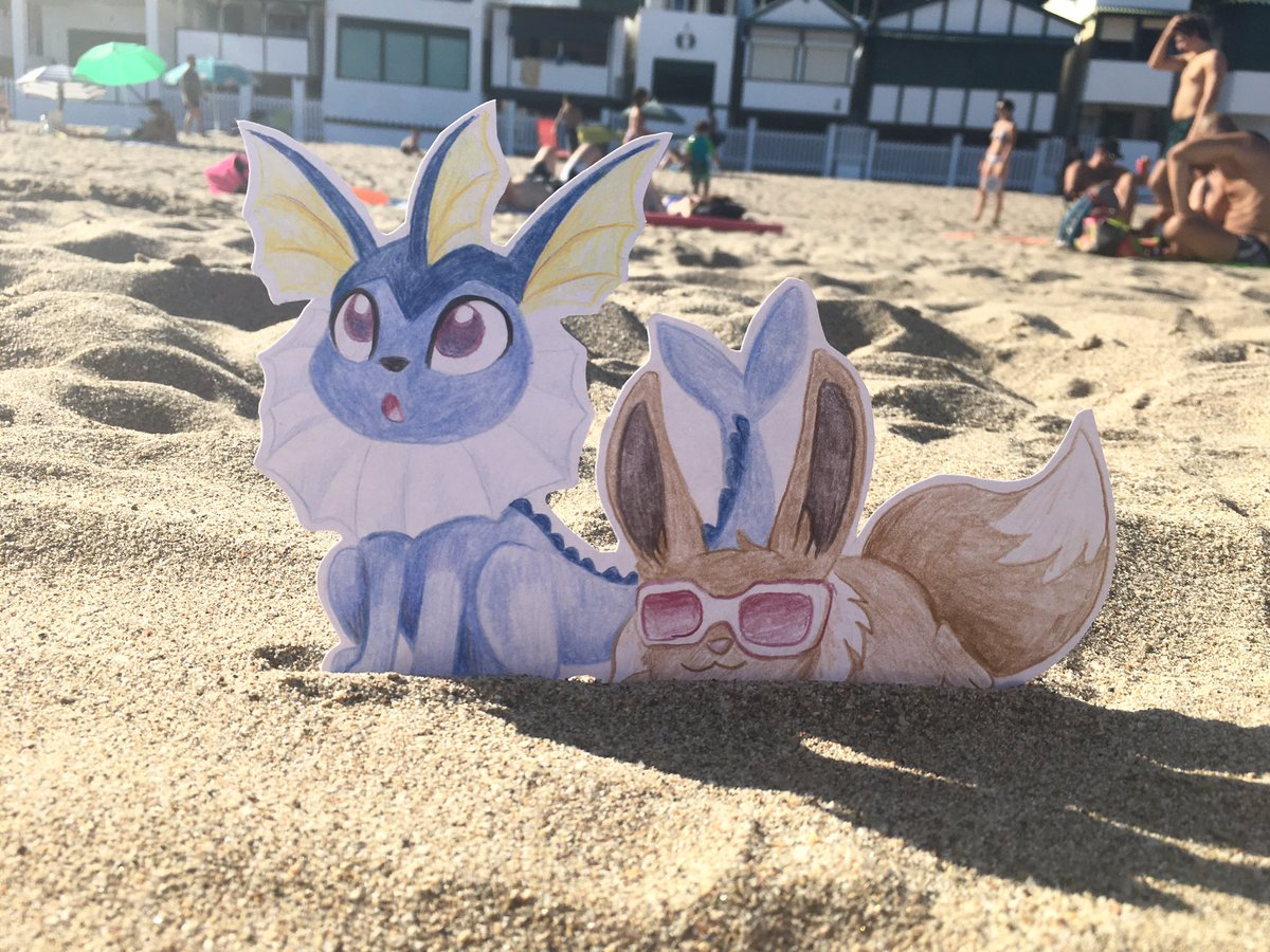 Chilling at the beach. Looks like Vaporeon is mesmerised by the ocean. All that water to swim in...  #pokemon #eevee #vaporeon<br>http://pic.twitter.com/b4G214QvpO