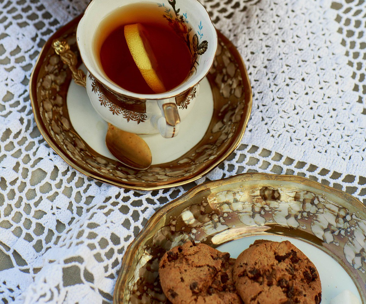 Are you a biscuit dunker? If yes, what biscuit? #tea #nationalteaday #biscuits<br>http://pic.twitter.com/c9Szq6nZwZ