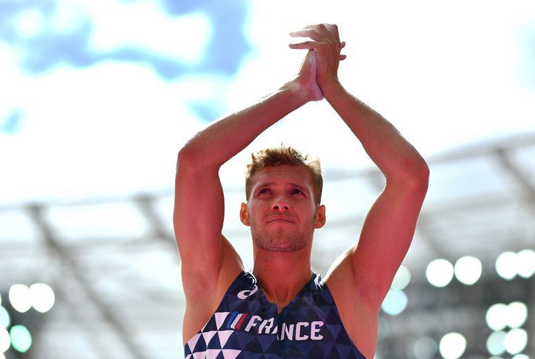 Athlétisme : Kevin #Mayer, premier Français sacré champion du monde du #décathlon  http:// sur.laprovence.com/DEWr-saBC     #MondiauxAthletismepic.twitter.com/j43YuPjh8x