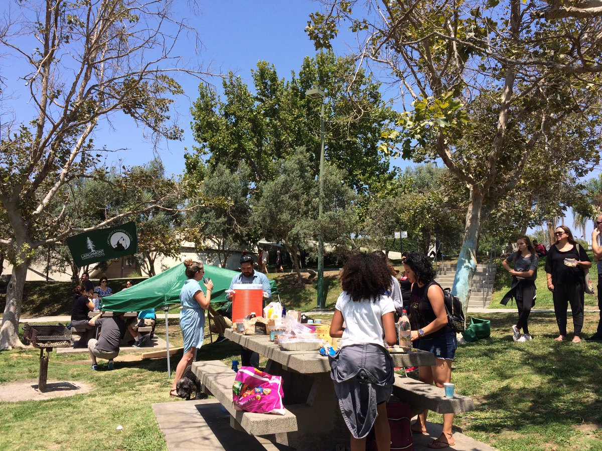 #LFP families gearing up for 17-18 #school year. Thanks @PanPacificPark #community #green space! #goodvibes in this last squeeze of #summer<br>http://pic.twitter.com/GZpaLeu3lJ