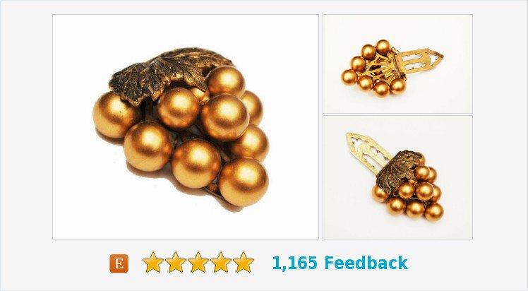 Gold Grape cluster Dress Clip - Art Deco - Vintage Accessory #pin #clip #brooch #gold #grape   https://www. etsy.com/serendipitytre asure/listing/510318158/gold-grape-cluster-dress-clip-art-deco?ref=listing_published_alert &nbsp; … <br>http://pic.twitter.com/iGgQFjkD84