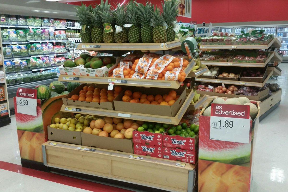 Driving sales in #produce #noouts #GOM #TargetFresh @TylerCornelius9 @Brigtoast @BrianThomas90 @Shane23psu<br>http://pic.twitter.com/wXk6OcHBkr
