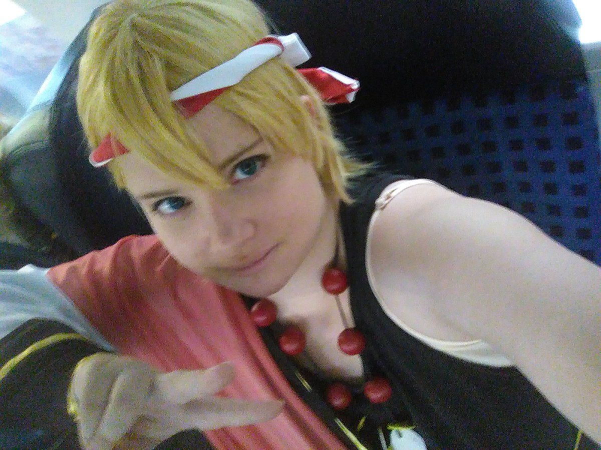 I&#39;m so dead now! *was on the #Contaku*  We make the second place with #Matsuri dance!!  So happy about this~  Tomorow as Diva from Yugioh!<br>http://pic.twitter.com/rX3jSeBhqV