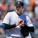 Yankees' Jordan Montgomery Hit in Head by Ball During Batting Practice #yankees #jordan #montgomery #during…  http:// dlvr.it/Pdhbz5  &nbsp;  <br>http://pic.twitter.com/ZnNYiZysaM