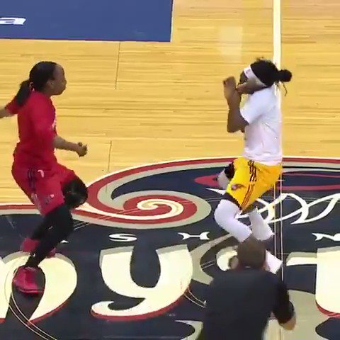 Their game got delayed because of a water leak, so they had a dance battle instead ��  (via @wnba) https://t.co/zCLu6KwJn1
