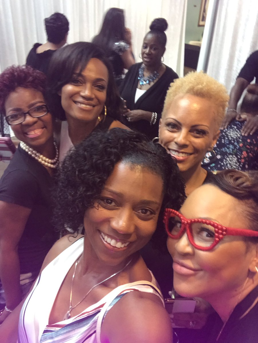 Having a ball w/ @MoletteGreen @Fox5Shawn @ShawnYancy #GNObySY #GiveBack<br>http://pic.twitter.com/9xKtoKD9Cr