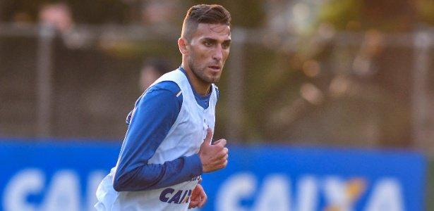 Cruzeiro informa que Rafael Marques passará por uma cirurgia de hérnia https://t.co/lm24L3OaP2 Mais informação no link