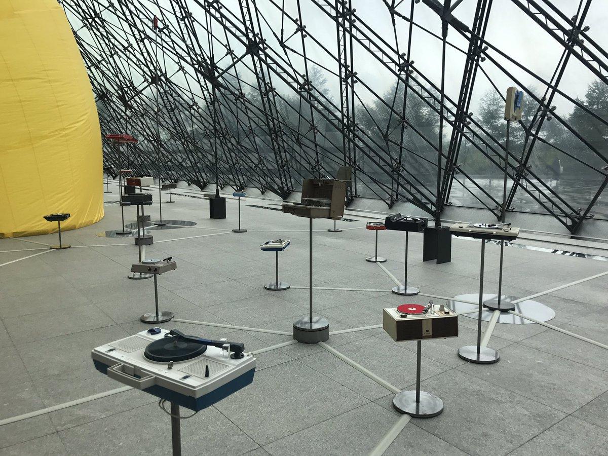 札幌国際芸術祭なう。 モエレ沼公園初めて来たけど凄い場所だな。 #札幌国際芸術祭