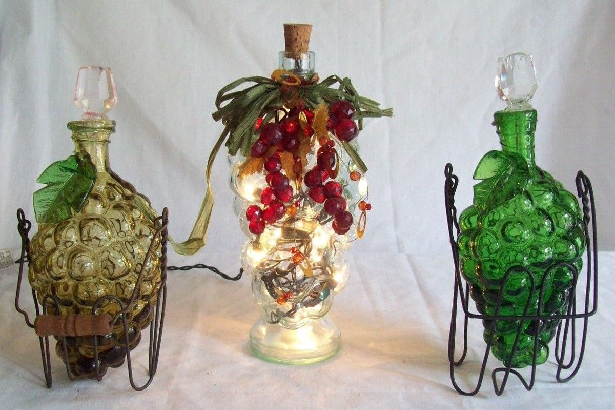 3 #VINTAGE GLASS #GRAPE BUNCH SHAPED #BOTTLES #DECANTERS W/ STOPPERS ONE #LIGHTED #FRUIT #GRAPES  http://www. ebay.com/itm/3-VINTAGE- GLASS-GRAPE-BUNCH-SHAPED-BOTTLES-DECANTERS-W-STOPPERS-ONE-LIGHTED-/272803153396?hash=item3f8455c5f4 &nbsp; … <br>http://pic.twitter.com/PwxGcFZ2UT