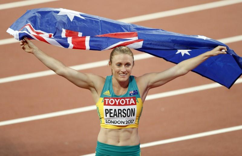 Comeback queen Pearson roars to world 100m hurdles gold https://t.co/USVVUJz1fB https://t.co/tlZBYlhKAL