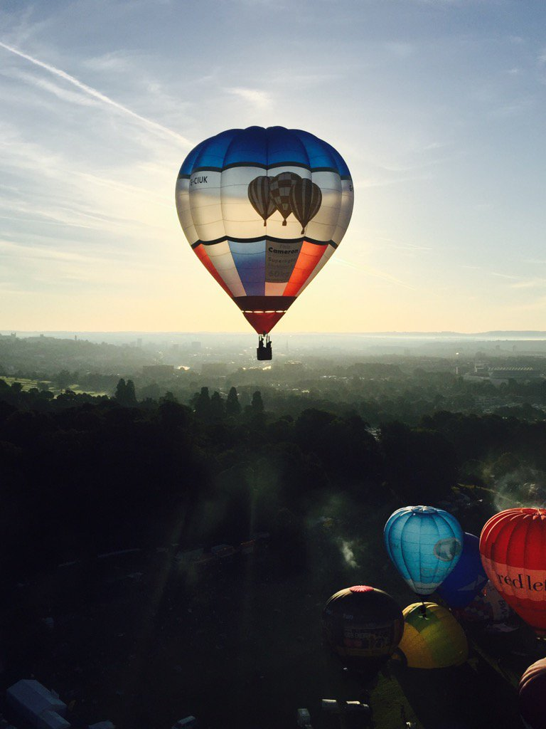 X @bristolballoon @flyingenterp https://t.co/1pf9ZNrOrq