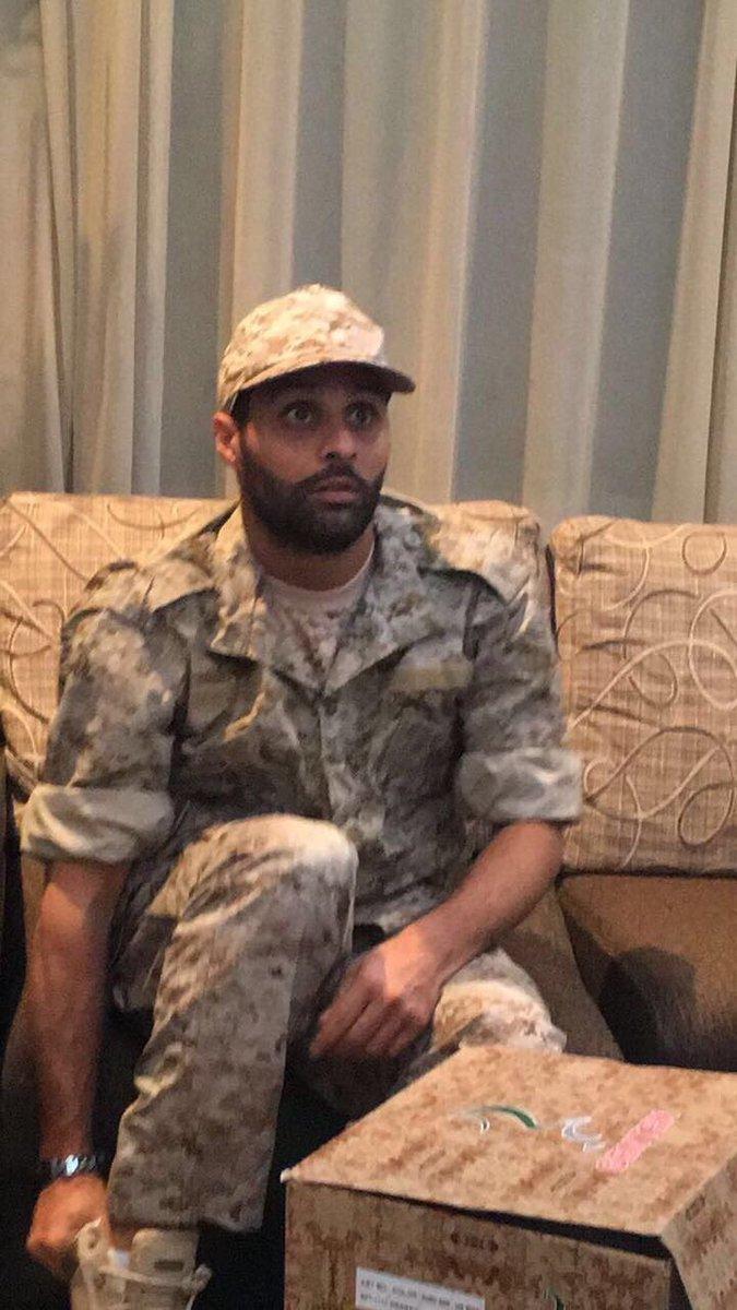 #ياسر_القحطاني  في زيارة جنودنا البواسل في الحد الجنوبي 🇸🇦 #الهلال htt...