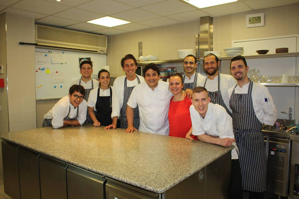 Reportage with @maurocolagreco and his team #restaurants #gastronomie #gastronomy #gourmet #gourmand #Mirazur @TheWorlds50Best #michelin<br>http://pic.twitter.com/5kIyeDif5o