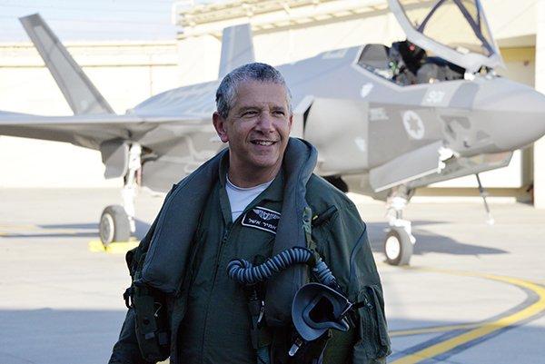 إسرائيل تتسلم أولى مقاتلات «إف 35» الأميركية في ديسمبر - صفحة 4 DHHRuFMUIAAClH5