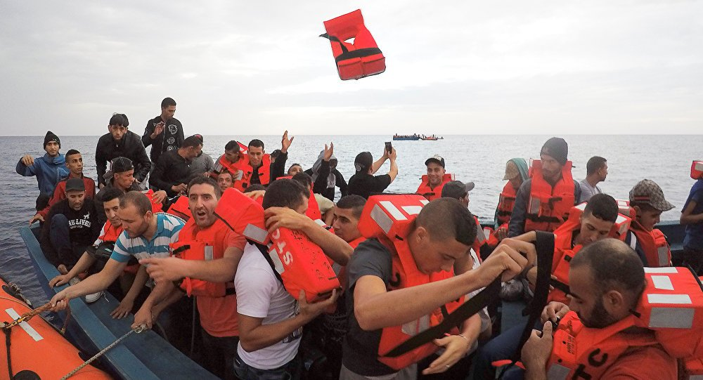 'Sea eye' German NGO suspends migrant rescue missions in Mediterranean after MSF https://t.co/Nlgk2hbl3R #RefugeeCrisis