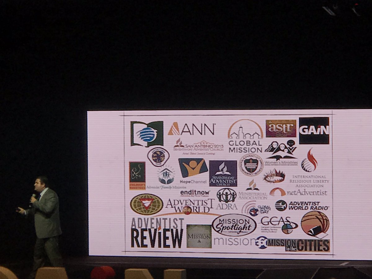 &quot;We are a factory of logos. We don&#39;t need a million logos. We need to show the world who we are.&quot; Sam Neves. #GAiN17 <br>http://pic.twitter.com/WPbGvNgNAD