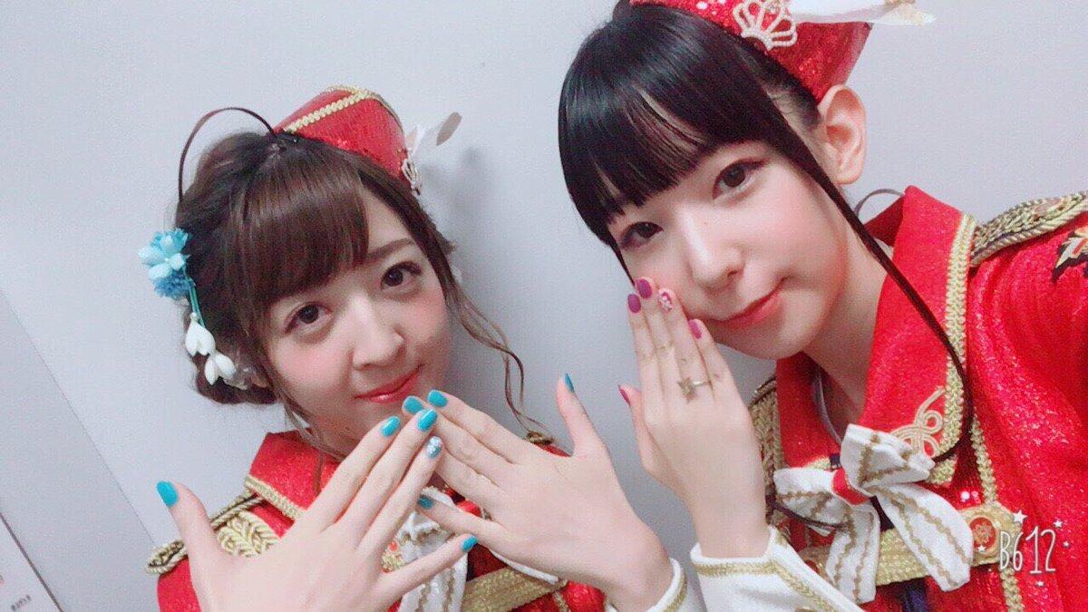 脇山珠美役の嘉山未紗ちゃんと! 実はネイルおそろいでした! そしてピアスと指輪はわかる人にはわかるモ…