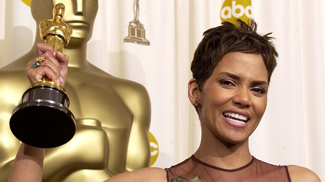 Happy Birthday, Halle Berry! Still the ONLY non-white Best Actress winner in Oscar history.