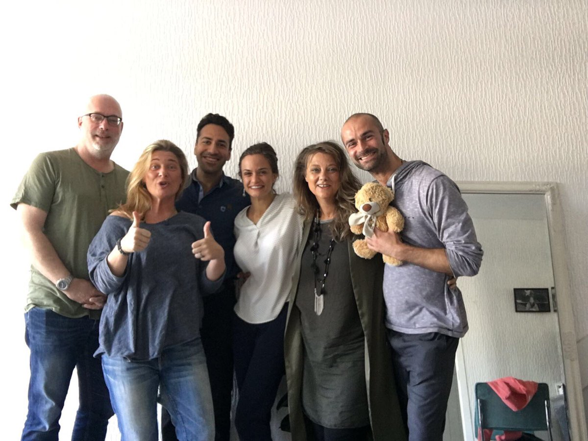Our new team for the next #48hourfilm #challenge in #Rotterdam !! #film #actresslife #canadianactor #romanian #movies #creating<br>http://pic.twitter.com/sYAoLF83ZN