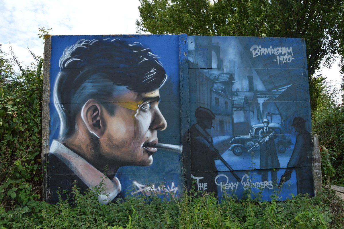 #rennes #streetart #Série Peaky Blinders par Fortunes @Art_mural<br>http://pic.twitter.com/vRRZI07x80