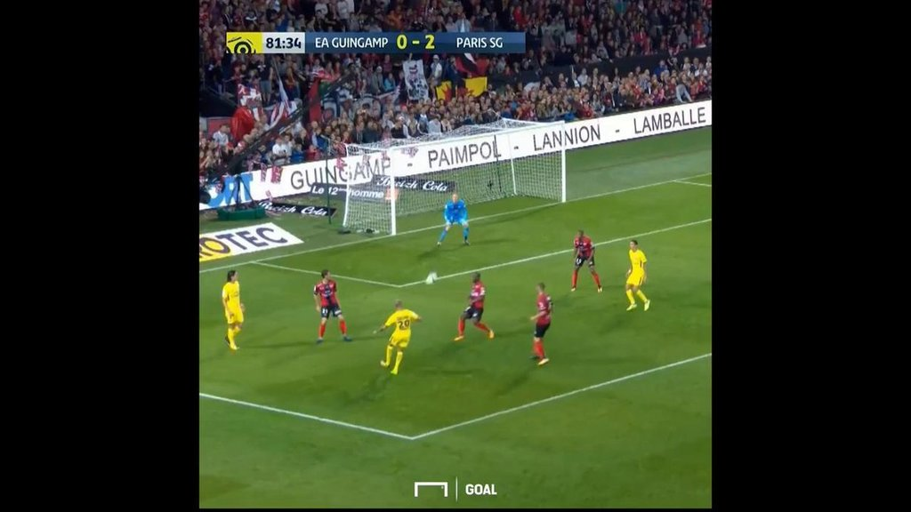 #goal GOOOOOOOL! Neymar scores for PSG to mark dream debut after signing from Barcelona <br>http://pic.twitter.com/Z511FEbBEK  https:// twitter.com/goal/status/89 6869644027416577 &nbsp; … <br>http://pic.twitter.com/VjMwoW2yLu