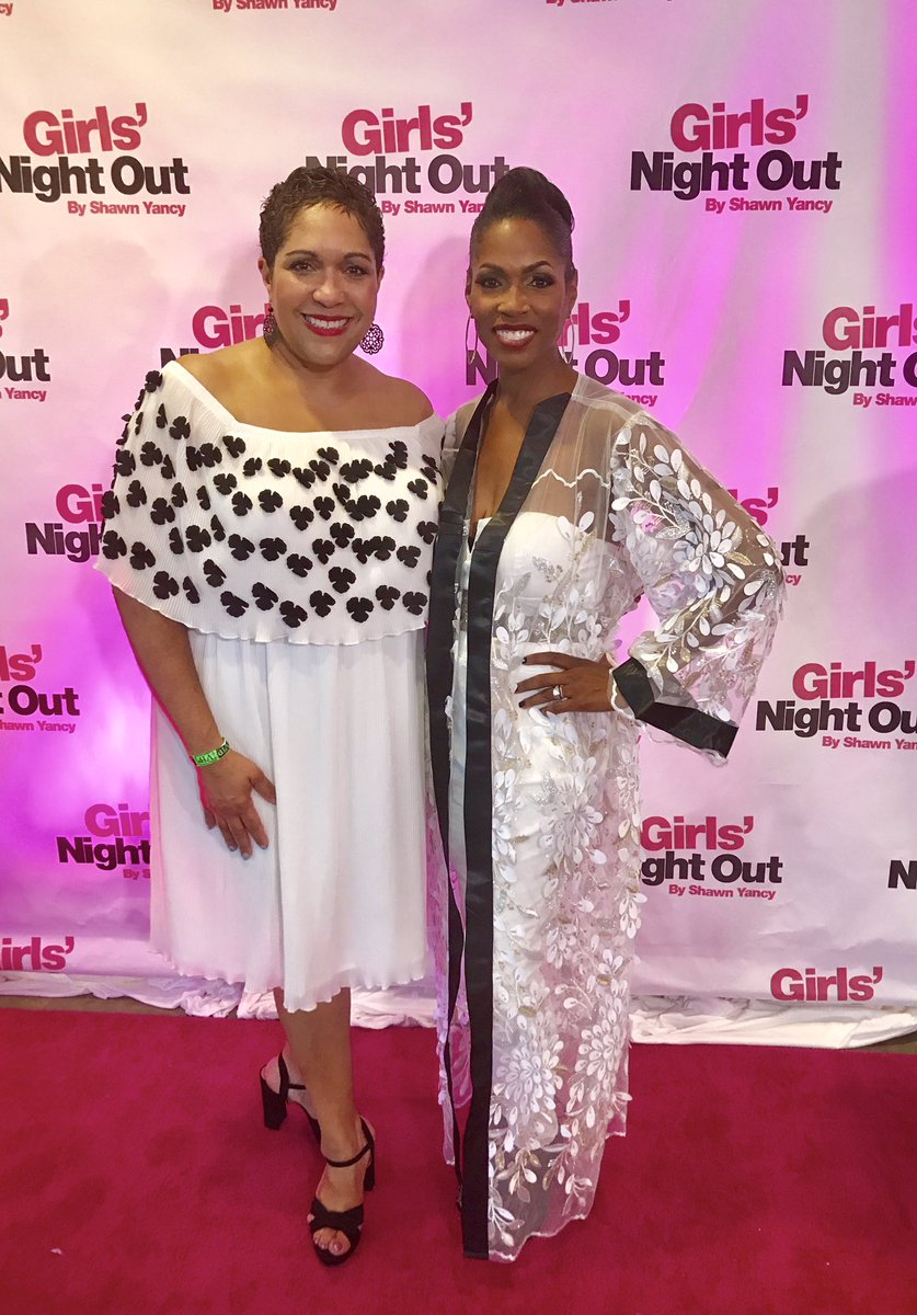 THANK YOU &amp; congrats, @ShawnYancy, renaissance woman w/a big ! When you throw a party for a purpose, watch out! #GNOBySY &#39;17 was lit!  <br>http://pic.twitter.com/9XIWCHtOQr