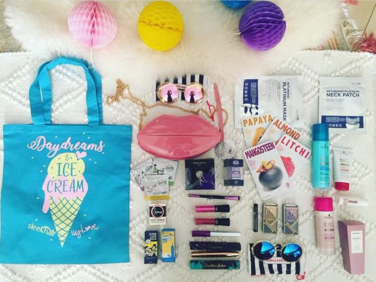 An ice cream tote packed with over $180 of beauty for just $20!!  http:// bit.ly/2w2zjmU  &nbsp;   #mua #beautyblogger #orangecounty #oc #kbeauty<br>http://pic.twitter.com/yK7r4um3ux
