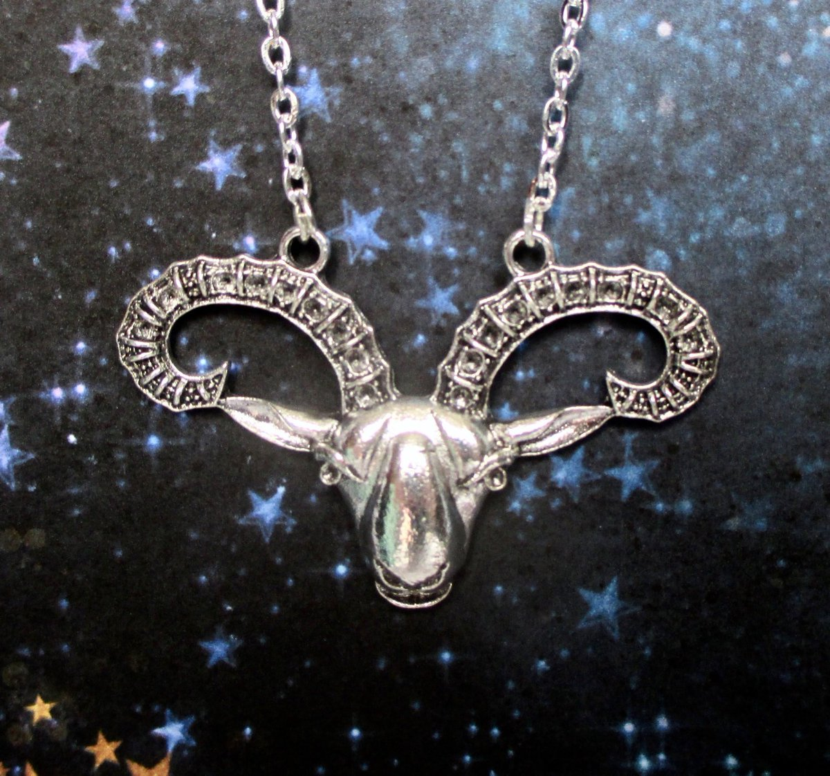 52b02d04a1b85e zodiacnecklace hashtag on Twitter