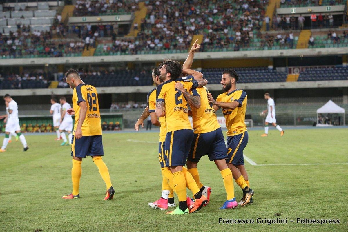 Tim Cup, highlights Hellas Verona-Avellino 3-1  http://www. picenotime.it/articoli/25603 .html &nbsp; …  @HellasLive @HellasVeronaFC @Irpinia_News #VeronaAvellino #TIMcup <br>http://pic.twitter.com/8oCtek4sCu