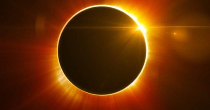 Eclissi: Amazon ritira dalla vendita con urgenza gli occhiali per l'osservazione