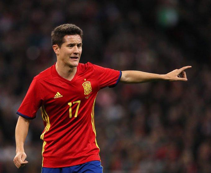 Happy 28th birthday to international and midfielder Ander Herrera!