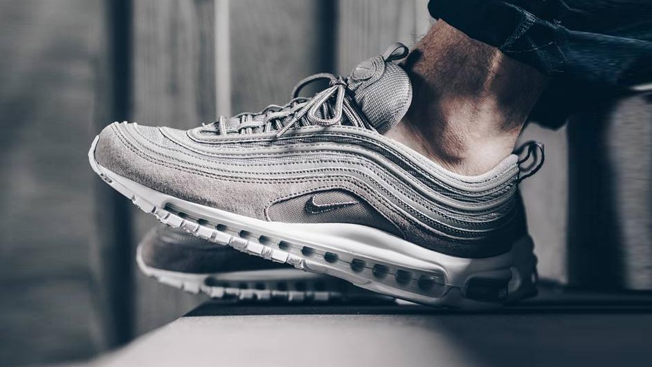 Why are these sitting ! https   thesolesupplier .co.uk release-dates nike air-max-97 nike-air-max-97-grey-suede   …pic.twitter.com Bbp8htLXHd 77c1c52b678e