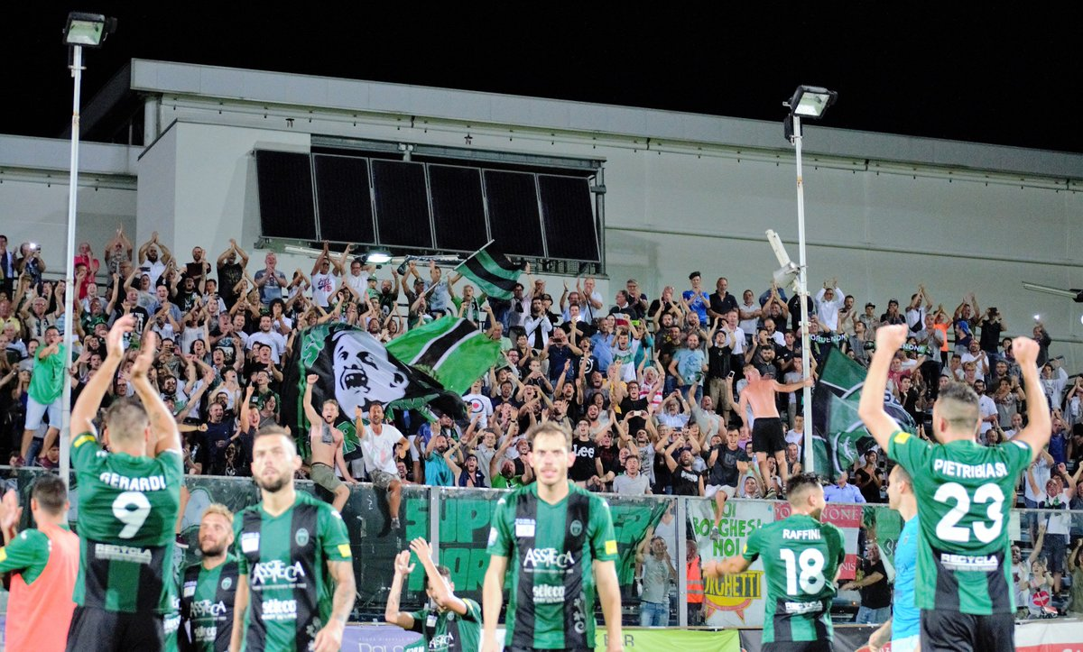 gli highlights di #PordenoneLecce 3-2: che partita!  http:// bit.ly/2hXIte0  &nbsp;   (video) #timcup #forzaramarri #forzapordenone @LegaProOfficial<br>http://pic.twitter.com/Q2m8SsTDRR