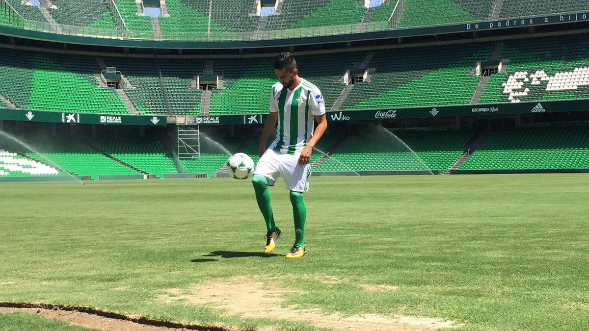 فيديو/ريال بيتيس يُقدم بودبوز كلاعب جديد في صفوف النادي.