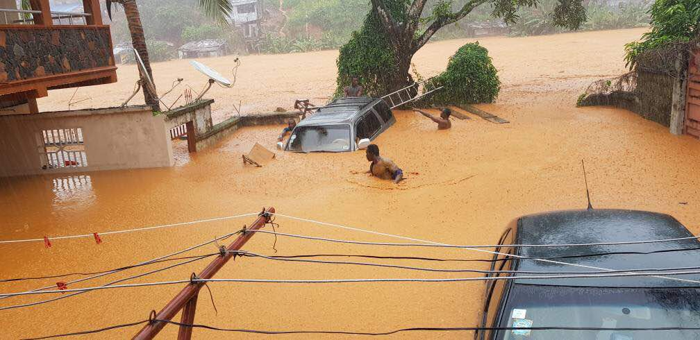 Pray for #SierraLeone! Flooding in some parts of #Freetown has claimed hundreds of lives. #DearGod #Comfort <br>http://pic.twitter.com/9RNX13DHuq