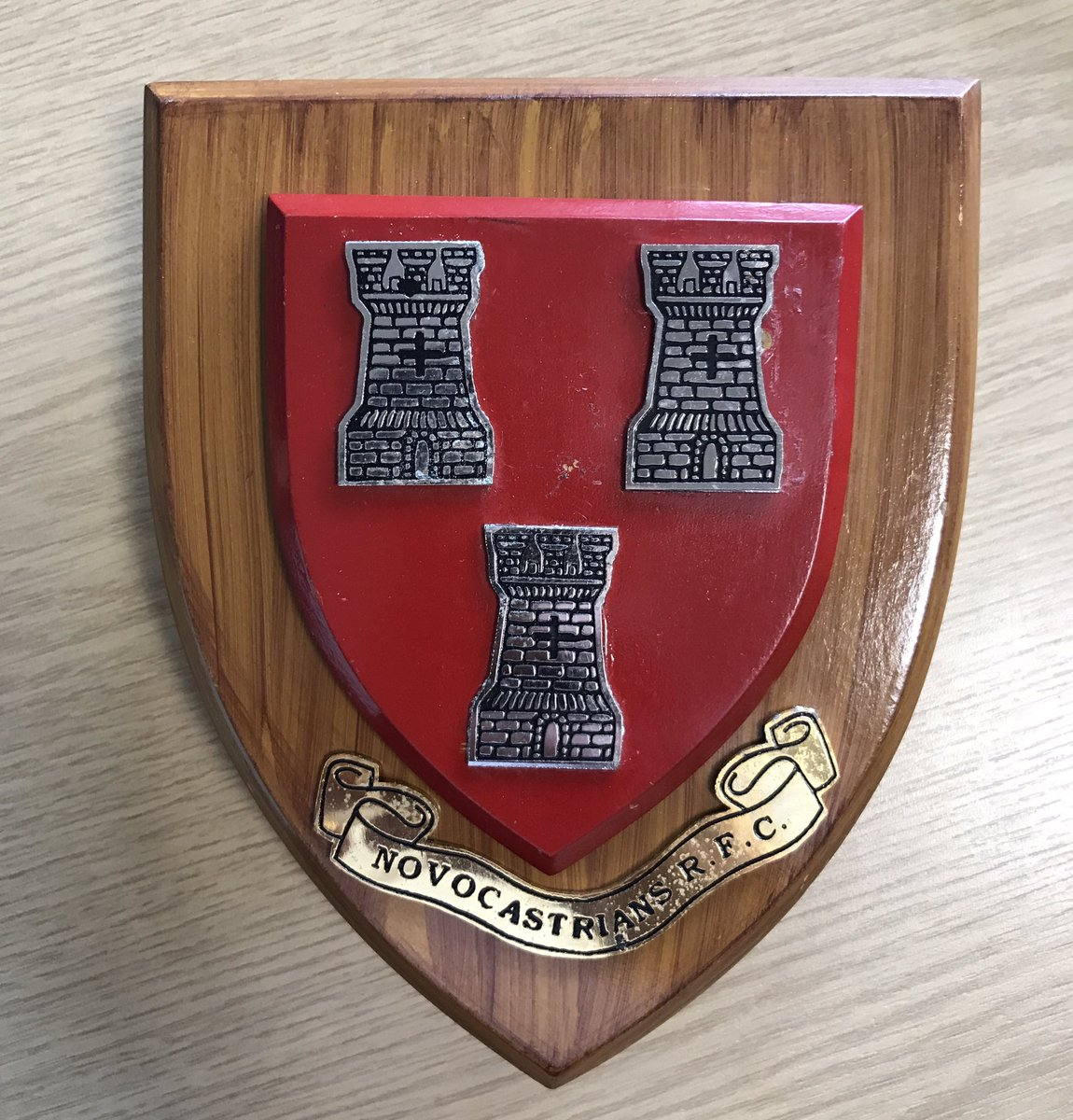 A big thanks to @NovosRFC who are the latest team to donate a club plaque for our new clubhouse  #RugbyFamily #WeNeedPlaques<br>http://pic.twitter.com/e54XK20AIN