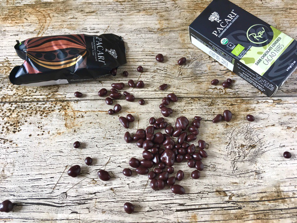 Fab new travel pack of chocolate covered cacao nibs @PacariUK #beantobar #equidor #ethical #organic #delicious #Ad https://t.co/7mBYLthI3H