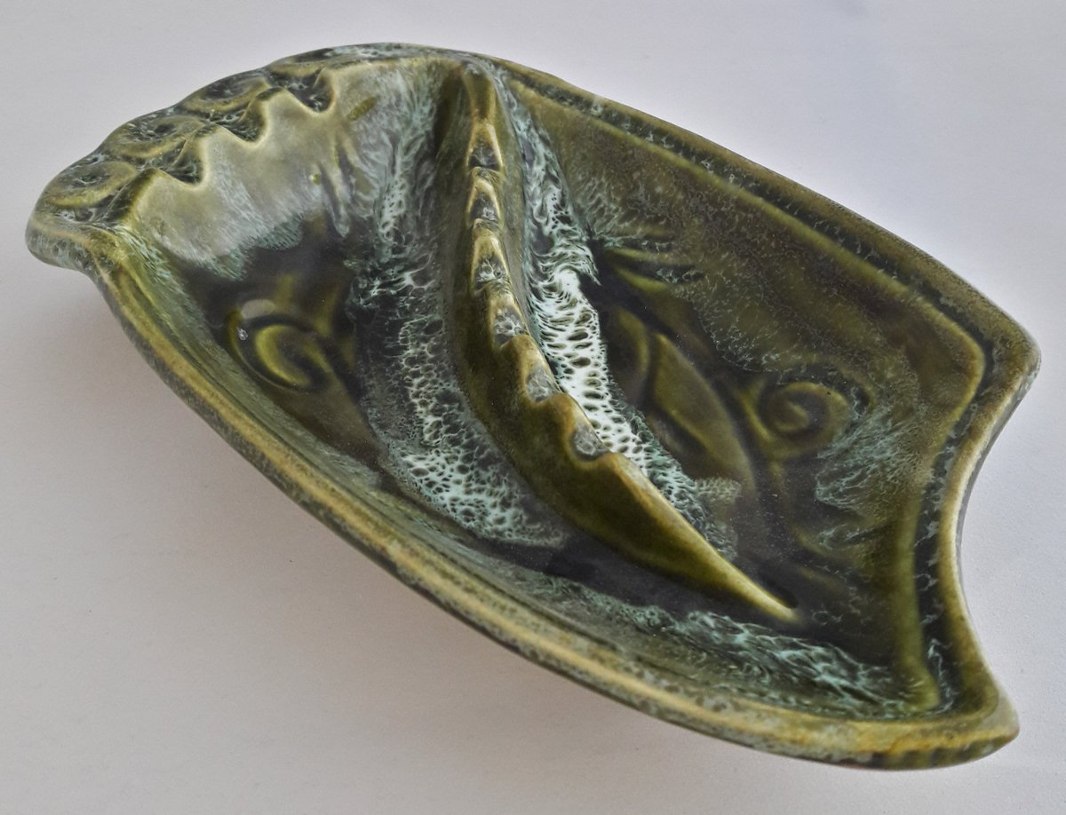 You don&#39;t have to smoke to enjoy this #artpiece  http:// etsy.me/2wIVZFU  &nbsp;   #ceramics #ashtray #midcentury #wiseshopper #etsysellsvintage<br>http://pic.twitter.com/fFA28eG1Fx
