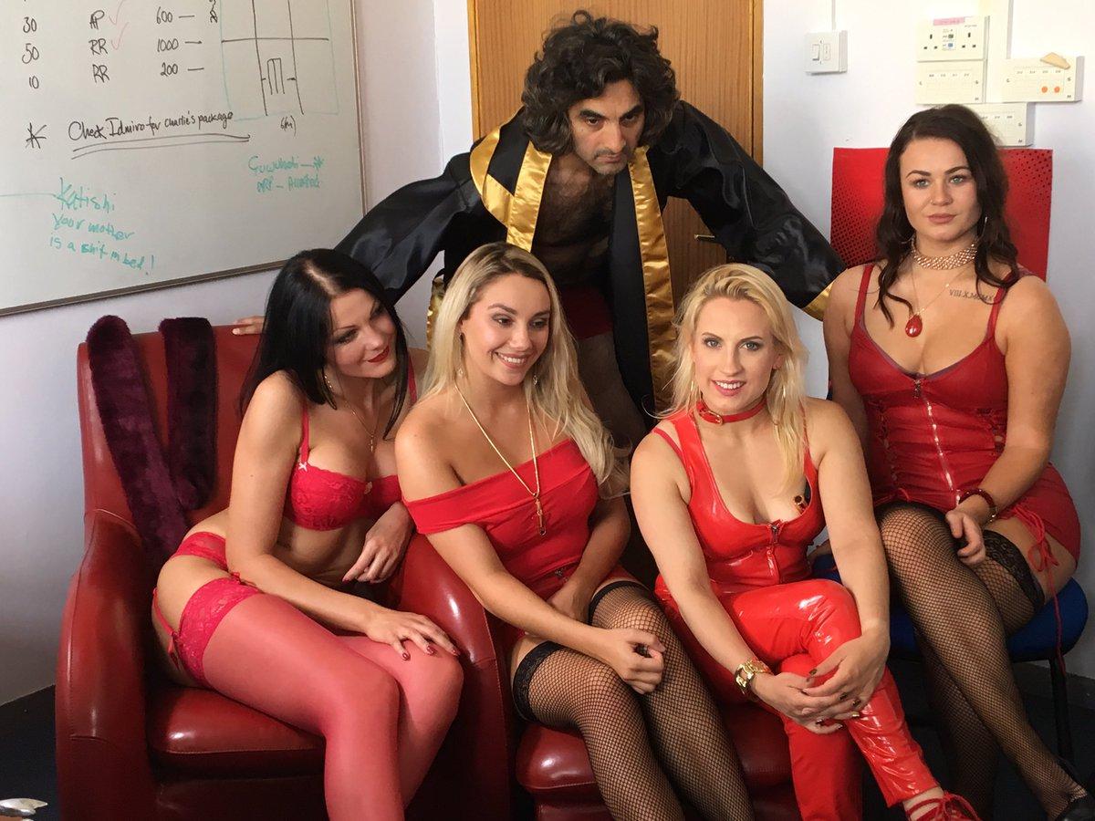 On the set @TadahMediaLtd  #feature #film Polterheist, filming at Salts Mill @saltvillsoc #Bradford #Leeds #westyorkshire #Comedy #horror<br>http://pic.twitter.com/gLZ1ZaNTia