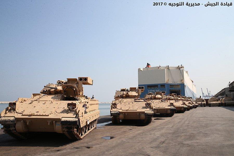 Lebanon Army DHMZ08gW0AEWI97
