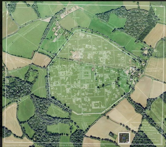 Plan of now-vanished streets &amp; buildings of #Roman Silchester superimposed on Googlesatellite view reveals former&#39;s legacy in the #landscape<br>http://pic.twitter.com/a36eTe95F1