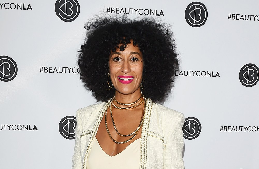 Tracee Ellis Ross in #Chanel and #Vetements at #BeautyconLA: IN or OUT?  http:// tomandlorenzo.com/2017/08/tracee -ellis-ross-chanel-vetements-beautycon-l/ &nbsp; … <br>http://pic.twitter.com/YnZJXJZ6SZ