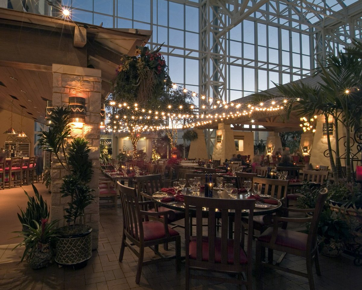 Gaylord Texan Resort On Twitter Dine And Celebrate Beneath Our