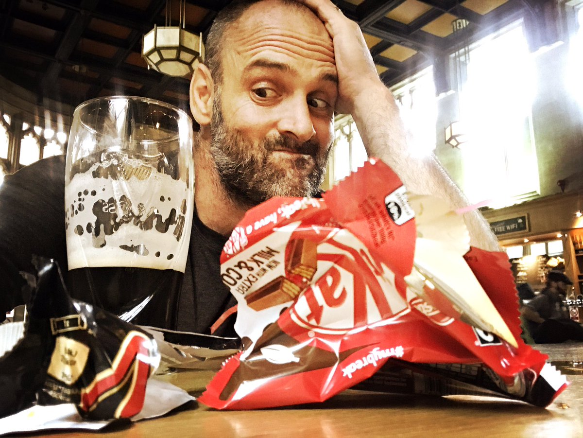 After voiceover for #LeftForDead I find myself not being very #vegan, #ketogenic, nor #paleo.  But I do love a #kitkat with my #guinness  <br>http://pic.twitter.com/CQuhBVfvYz